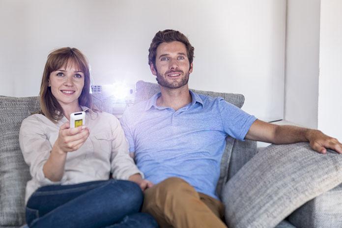 Polecane projektory do kina domowego. Poradnik zakupowy